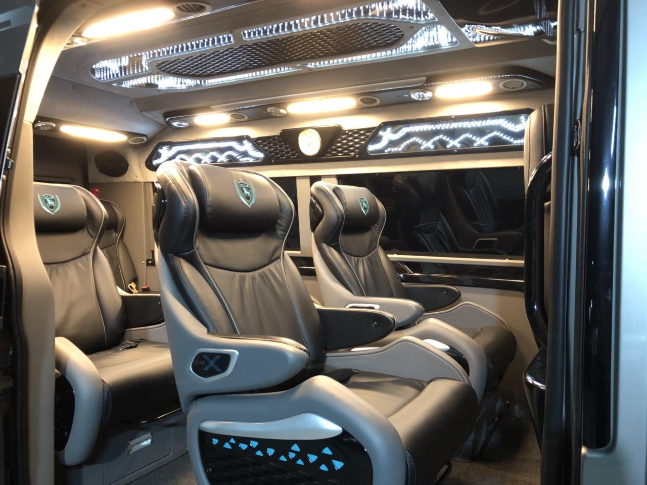 a2d8abb72c Cho thuê xe dcar limousine-10 ghế vip tại đà nẵng